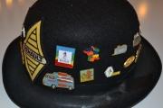 Renault hatt med pins